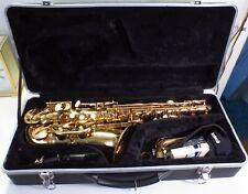 Windsor Student Alto Saxophone Brass Finish W/ Hardshell Case JUST SERVICED !