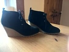 ladies Suade Shoes