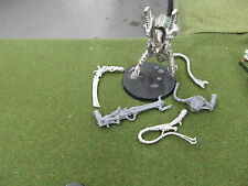 Warhammer 40k unprimed out of print metal Tyranid Hive Tyrant
