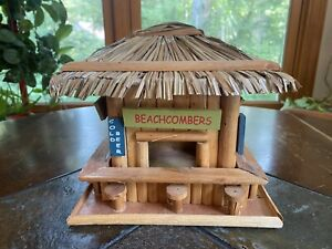 Tiki Hut Beachcombers Bar Thatched Roof Wood Bird House Diorama
