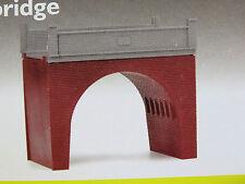 HORNBY R189 OO scale kit BRICK BRIDGE L11.1cm xW6.8cm x H10.2cm NIB