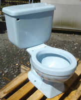 VINTAGE 1979 SKY BLUE TOILET  - COMPLETE- WE DO FREIGHT!