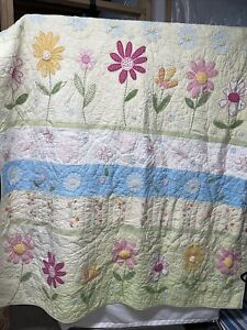 "Pottery Barn Kids Twin Green Daisy Garden quilt Bedding 66""x86"" CLEAN"