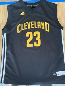 Adidas NBA Cleveland Cavaliers #23 LeBron James Jersey Black/Yellow Youth L