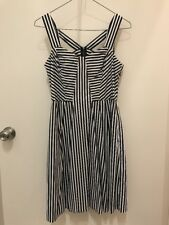 Cue In The City Striped Fit And Flare Dress Size 8 Cut Out Detail Back