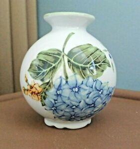 """PRINCESS HOUSE """"Vintage Garden"""" Miniature 3.25"""" Porcelain VASE - Blue Hydrangea"""
