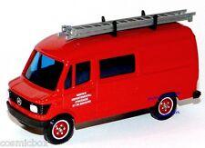 SOLIDO camion de pompier MERCEDES 407 D truck Lastkraftwagen von Feuerwehrmann