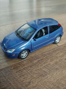 Ford Fusion Svt Model Card blue hatchback 1/34 die cast