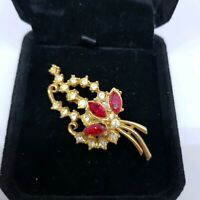 Vintage Beautiful Red Diamante Gold Tone Brooch Costume Jewellery Pretty Paste