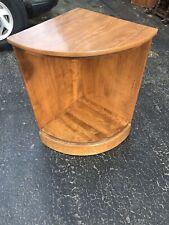 Ethan Allen Heirloom Maple Nutmeg CRP Corner Cabinet