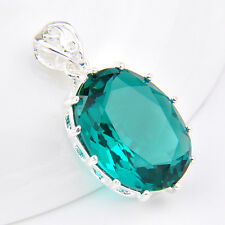 Fashion Jewelry Oval Shaped Emerald Green Topaz Gemstone Silver Necklace Pendant