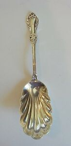 "INTERNATIONAL ""WILD ROSE, NEW"" STERLING SILVER BERRY / SALAD SPOON, 95 grams"
