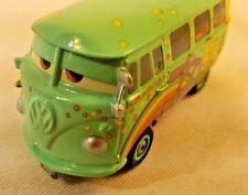 DISNEY PIXAR CARS HOT-WHEELS FILLMORE #14 VW VOLKSWAGEN BUS  E3-1
