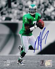 MIKE VICK SIGNED 8X10 PHOTO AUTOGRAPH PHILADELPHIA EAGLES IN-PERSON PROOF COA A