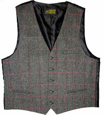 Tweed World and Traditional Clothing