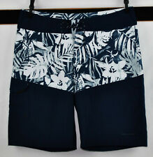 Columbia PFG Omni-Shield  Board   Shorts Size  32