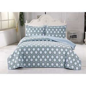Turner Collection Auqa and Gray Geometric Print Twin Quilt Set