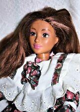 Mattel Mc Marteau Figurine Articulée Poupée & Véritable Sons Boom Box 1991 T3125 Poupées, Vêtements, Access. Poupées Mannequins, Mini