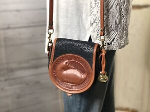 DOONEY & BOURKE Vintage AWL BIG DUCK Leather Navy Blue Pebbled Leather Crossbody