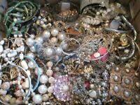 UNTESTED Vintage Modern Jewelry Junk Craft Lot Pieces Part Brooches Bracelet +++