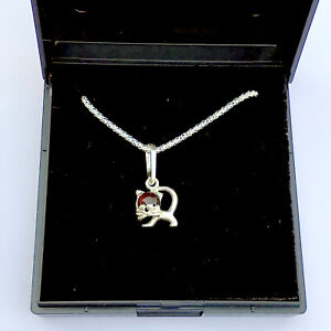 Charming Kitty Cat Sterling Silver Pendant Necklace featuring Natural Baltic A