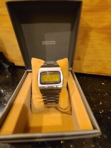Seiko Quartz LC 0624-5000 Lemon Head Face LCD stainless steel with box Japan JDM