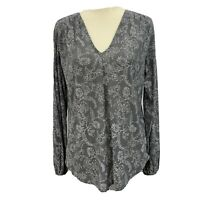 Lucky Brand Woman's Gray/white long elastic sleeve v neck top Size Small