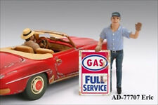 GAS STATION ATTENDANT ERIC FIGURE 1:18 SCALE MODEL CARS AMERICAN DIORAMA 77707