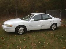 white 2000 buick reagal