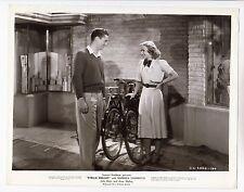 """Tim Holt / Anne Shirley (Pressef. '37) - in """"Stella Dallas"""" / Fahrräder"""