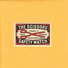 VINTAGE Match Matchbox Label DEEP RICH COLOR The Scissors Solo Works Chech B1