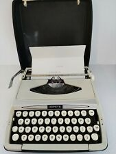 England made Vintage ultra portable Smith Corona Zephir typewriter  with case