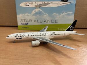 All Nippon Airways ANA 777-281 'Star Alliance' 1:400 (Reg JA712A) PH10967