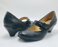 SOFTSPOTS Black Leather Mary Jane Heel Size 6.5M Floral