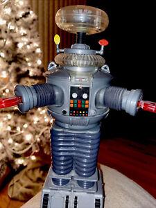 "1997 Trendmasters Lost In Space B9 10.5"" Talking Robot"