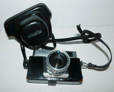VINTAGE MINOLTA HI-MATIC 7 CAMERA WITH ROKKER PF1:1.8 F=45MM LEN AND CASE