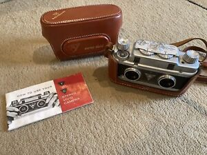 WOW -- TDC Vivid Stereo Camera with CASE - Solid 3D Camera in GREAT CONDITION