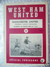 1964 WEST HAM UNITED v MANCHESTER UNITED (B Moore,G Hurst Played) 7 March