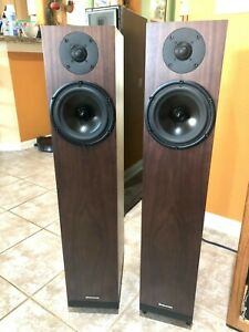 SPENDOR Speakers A7 Dark Walnut Finish MINT with Very Low Hours