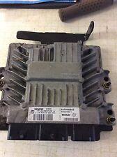 Genuine Renault Clio Scenic 1.5 DCi Engine ECU Brain 8200565863 S122326109