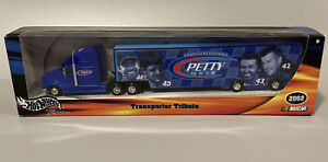 Petty Nascar Tractor Trailer HotWheels 2002 Transporter Tribute 4 Generation