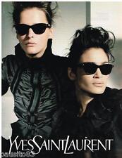 PUBLICITE ADVERTISING 105  2002  YVES SAINT LAURENT   collection lunettes solair