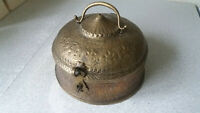VINTAGE ASIAN / INDIAN BRASS BETEL NUT TIN BOX- 7 INCHES IN DIAMETER