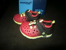 New Toddler Boys Black & Red Stride Rite Phiban Sandals, Size 6