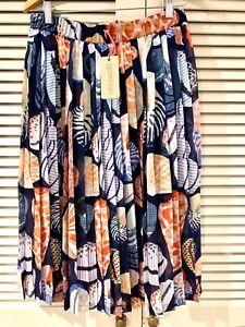"New! Beautiful GORMAN ""She Sells"" Pleated skirt *  Size 10"