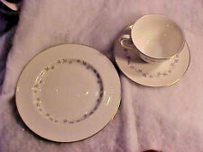 Royal Doulton CADENCE TC1007 Tea for One Set Bone China White Made in England
