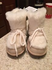 NWT Baby GAP Girls Faux Fur BOOTS--SIZE 1