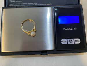 14k Yellow Gold Pearl & Diamond Ring Maybe Size 9 Not Sure