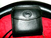 Dooney and Bourke Very Nice Black Pebbled Leather Crossbody Wallet in EUC!