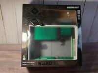 Greenlight Weekend Workshop Garage Green Machine 1:64 Scale Diecast Car Diorama